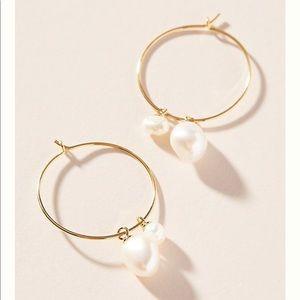 Anthropologie Ariana pearl hoop earring
